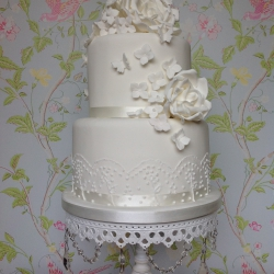 wedding cake, two tiers, detail