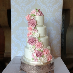 Four tier cake, roses, cake detail, wedding cake