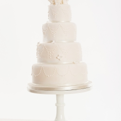 Four tier cake, hydrangea, kissing ball, wedding cake