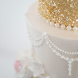 Gold detail, gold, sequin, wedding cake