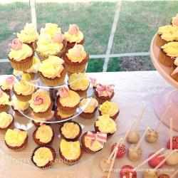 Cupcake Table Close
