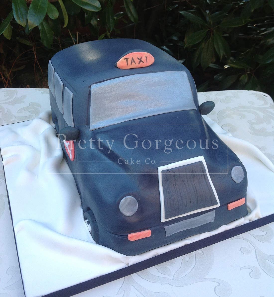 Black Taxi Cake Party Birthday