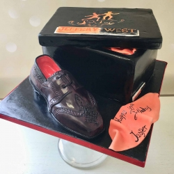 brogue-shoes-cake
