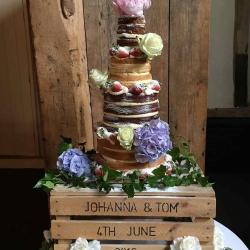 Johanna & Tom Cream Cake